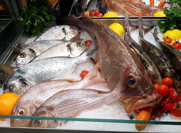 Il nostro banco del pesce fresco